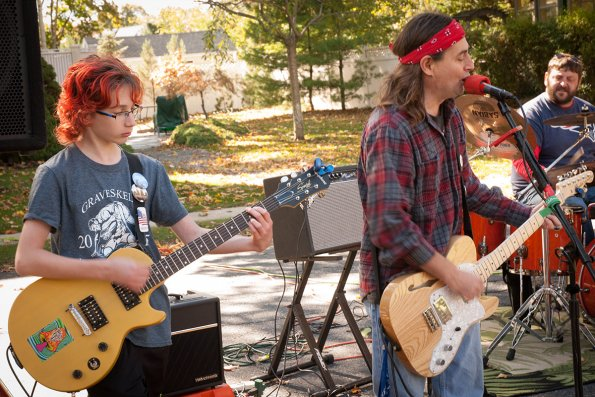 2015-10-17_06-block-party